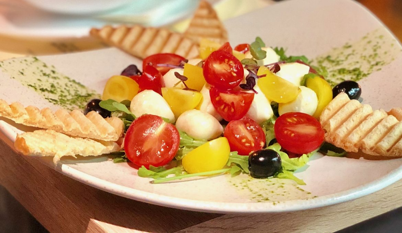 Mozzarella-paradicsom